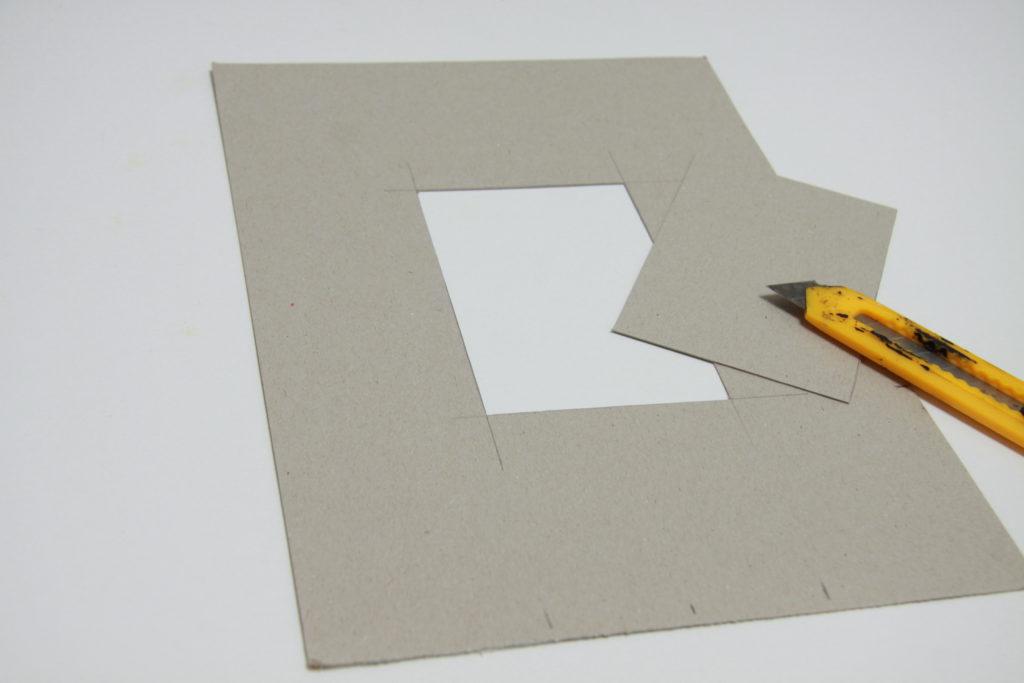 DIY Wanduhr - Schritt 2: Rechteck ausschneiden